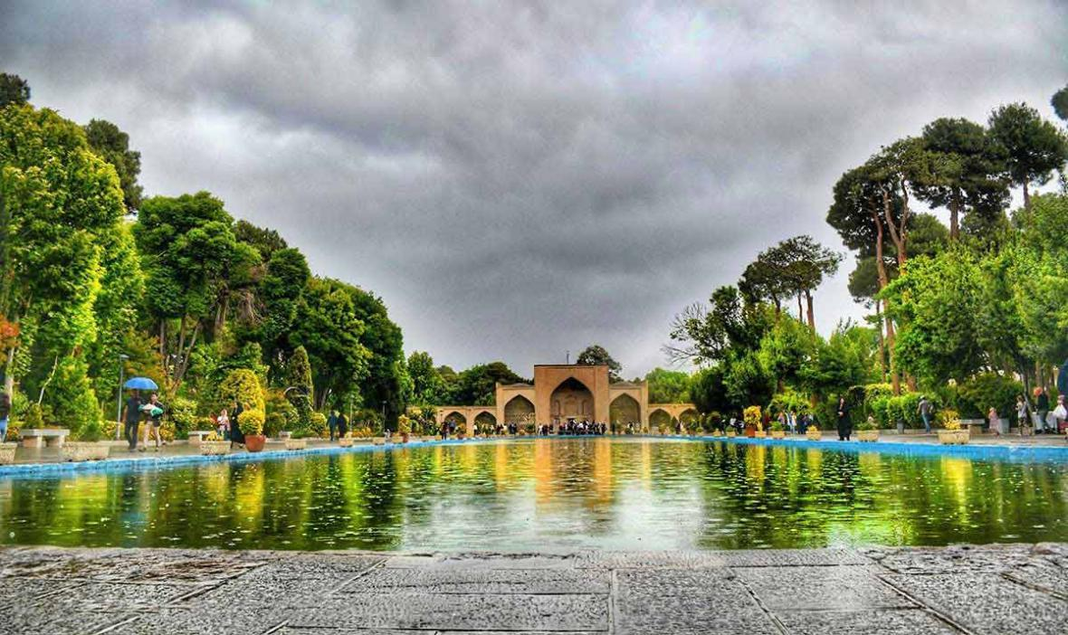 چهل ستون صفویان ، جاهای دیدنی اصفهان